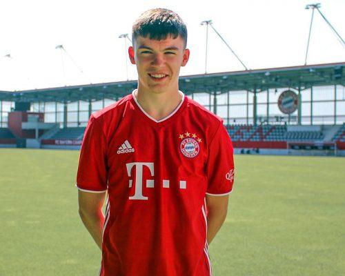 Hivatalos: A Bayern 16 éves skót támadót igazolt