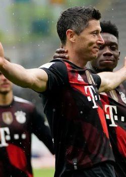Lewa meglőtte a negyvenediket   Freiburg 2-2 Bayern München