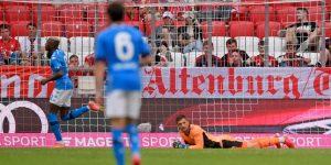 Nagy arányú vereséggel fordulunk a szezonra – Összefoglaló: Bayern 0:3 Napoli