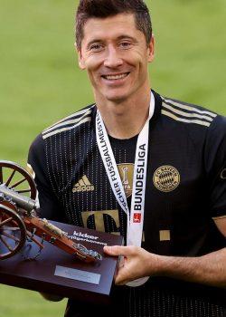 Nagy Kicker-szavazás: Lewandowski lett az év játékosa, Tuchel az év edzője